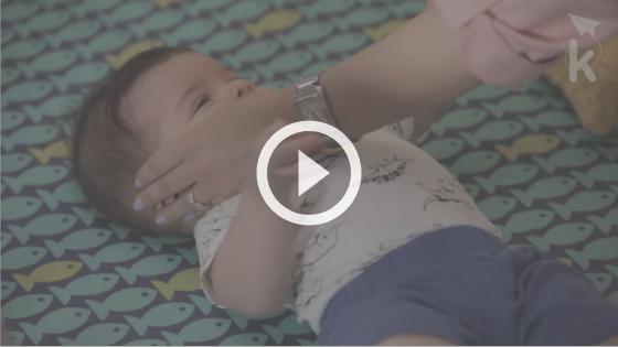 ajudar o recém-nascido a dormir - atividade balanço suave