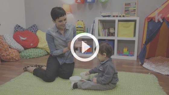 exercício movimento de pinça bebê