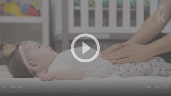 massagem cólica bebê