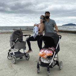 Primeira vez na praia com dois filhos