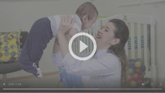 atividade para fortalecer costas e pescoço do bebê