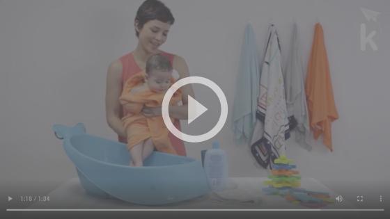 banho em bebê de 4 meses