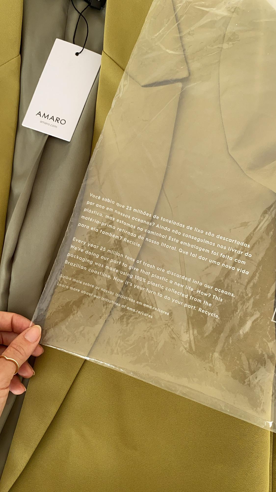 Detalhes Blazer da Amaro